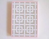 Lattice paper box