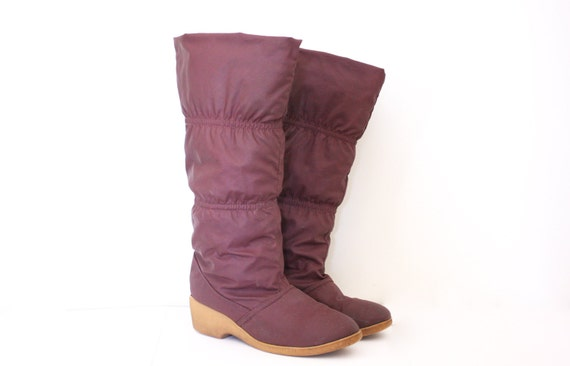 Vintage 70s Purple Puffy Knee High Boots - 8