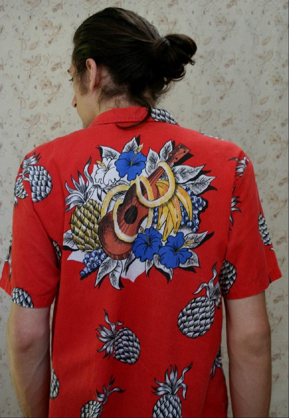 red magnum pi hawaiian shirt size large