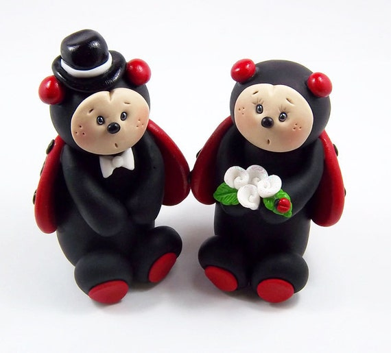 Bride and Groom Ladybugs, Lovebugs, Custom Wedding Cake Topper, Handmade Personalized Clay Figurines, Cute Wedding Decoration, Love Bug
