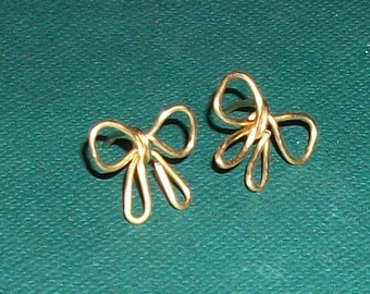 Gold Filled Bow Ear Studs