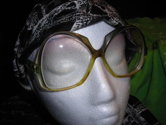 Vintage Oscar de la Renta Eyewear