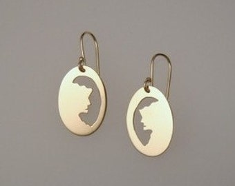 New Hampshire Pride, Old Man in the Mountain, gold earrings
