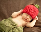 Newborn Apple Hat- Crochet - Photography Prop