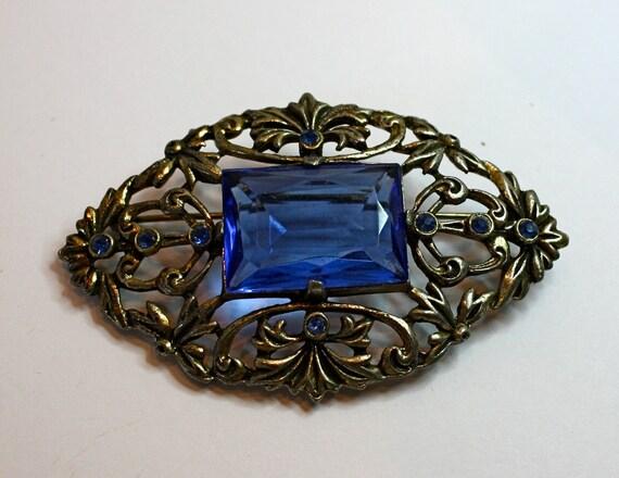 Vintage 50s Brooch Victorian Style Blue Sapphire Glass Rhinestones Pin