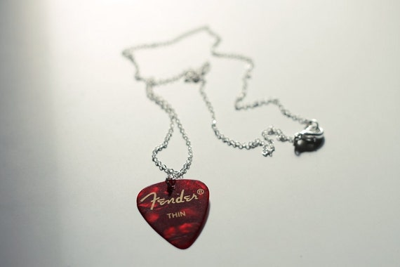 Guitar pick necklace - red