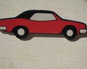 Muscle Car Vintage  Ravensburger Puzzle Pin 1974