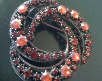 Sale Vintage Brooch/ 80s Facet Pink/ Red Garnet Rhinestones Circle Pin