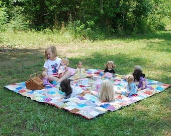 Quilt, Patchwork Quilt--81 X 81--picnic size, Classic Americana , cotton blanket, retro, vintage look