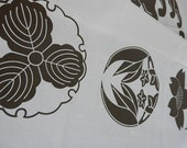 Japanese Fabric Screenprinted White Sateen Cotton Material - Chidori - Traditional Kamon Patterns ( 90cm x 101cm )