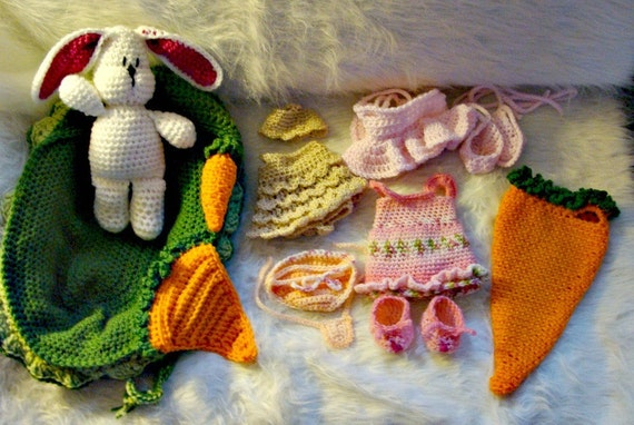 Bunny Play Set with Cradle/Purse to Crochet Pattern pdf 534