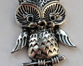 silver Tone Owl Charm Pendant