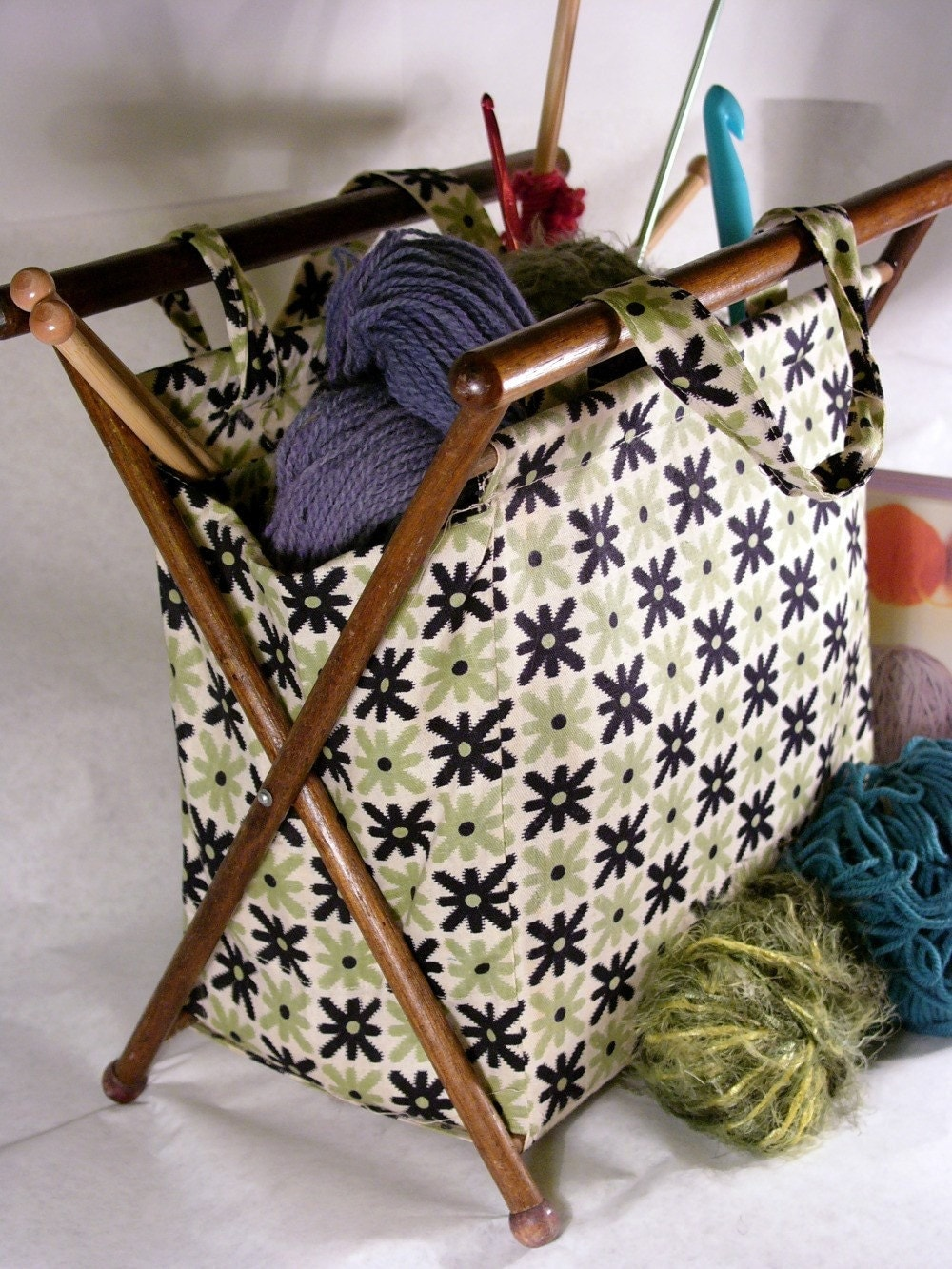 Old Knitting Pictures : Granny s vintage knitting bag
