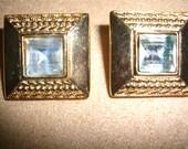 VINTAGE COSTUME JEWELRY  /  Monet rhinestone earrings