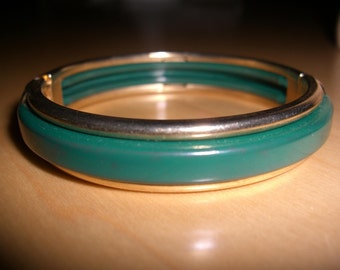 vintagecostume jewelry  bracelet  /  reduced