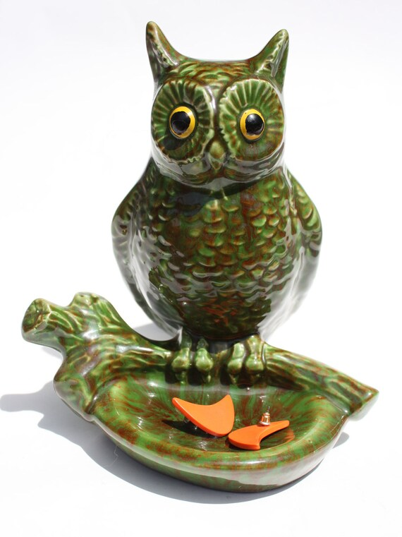 SALE Mod Vintage 1970s Large Green Marbled Owl Ashtray, Jewelry, or Key Holder With Side Compartment