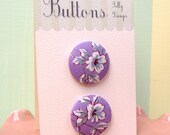 2 Big Buttons- Lavender Lily