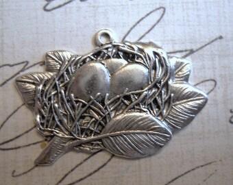 Victorian birds nest charm in matte silverplate  Item 2039