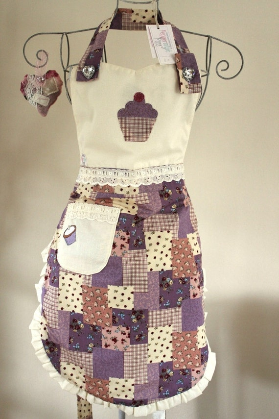 Ladies Adult Full Cupcake APRON Lilac and Cream Floral Patchwork