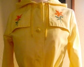 Yellow 1960s Trench Jacket with Embroidered Flowers Sz Sm