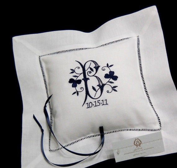Monogram Wedding Ring Bearer Pillow: Ring Bearer Pillow Shamrock Monogram Wedding Ring Pillow Linen