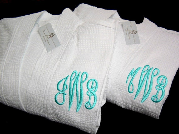 Personalized couple gift, Mr and Mrs Robes, His Hers Robes, Monogrammed Robes, Cotton Anniversary Gift, Wedding Gift, 1701EM Set of 2 Robes