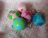 Bubbles wooden ball key chains - Polka Dots