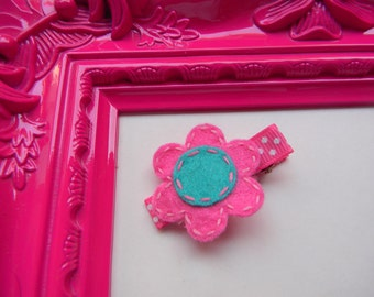Pink Daisy Flower Hair Clippie