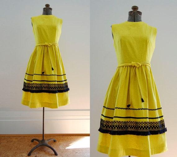 V I  N T A G E Limoncello Linen dress...reserved for Jessica