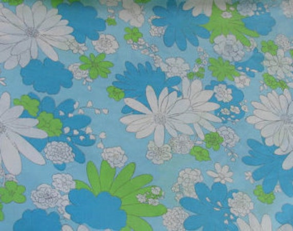 Retro Floral in Green, Aqua and White, VINTAGE SHEET, Fat Quarter