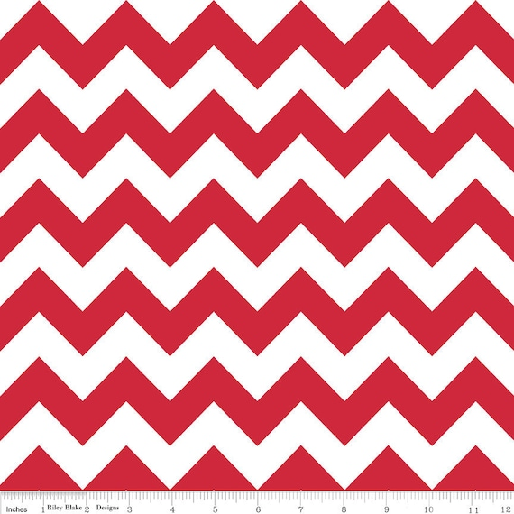 Last Piece, Riley Blake, CHEVRON STRIPES in Red, 16 inches