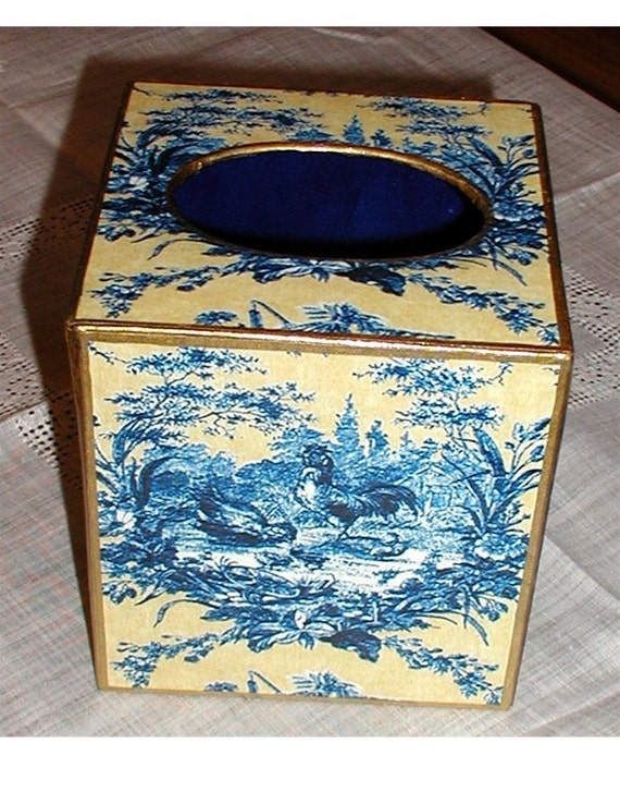 Tissue Box Cover, Blue and Yellow Rooster Toile