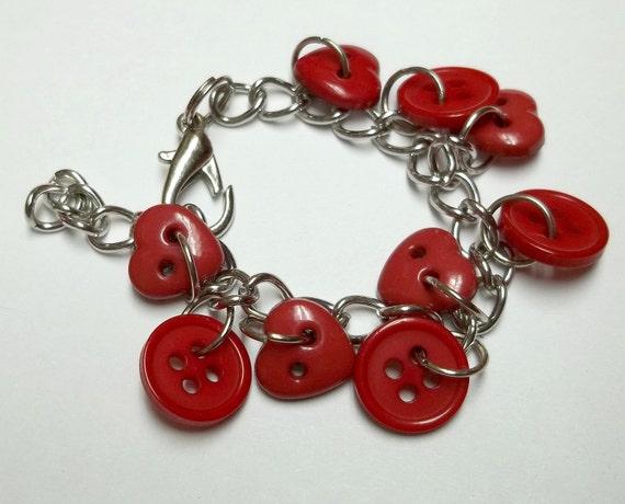 Red heart button Bracelet,red button bracelet,button bracelet,red heart buttons,buttons,red hearts,silver chain,red heart bracelet,
