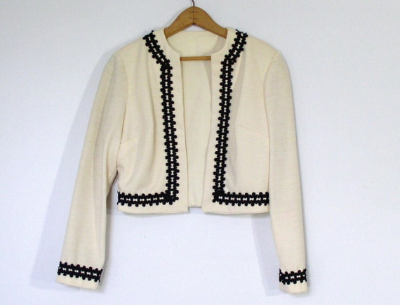Jacket Bolero 1960s Cream Black Trimmed