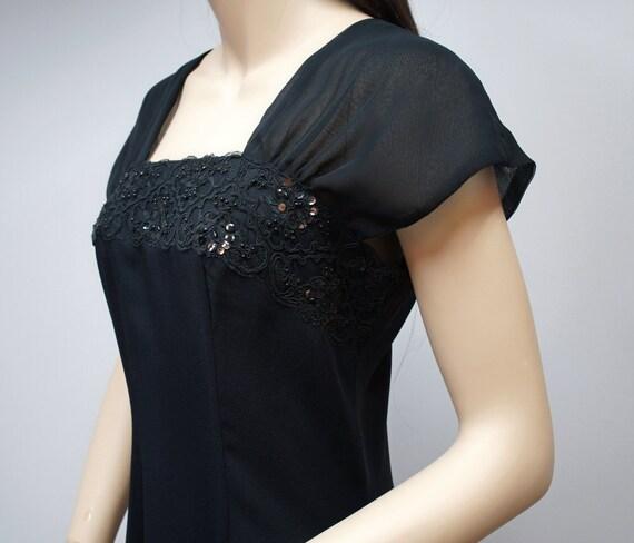 Dress / Vintage 1980s Dress / Little Black Dress / Late Edition Fashion / 40's Style / Lace / Sexy / Dressy / Size 8