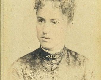 Reading PA 1880s Victorian  Woman Floral Silk Dress Cabinet Card Studio Portrait Antique Photograph Photo Pennsylvania