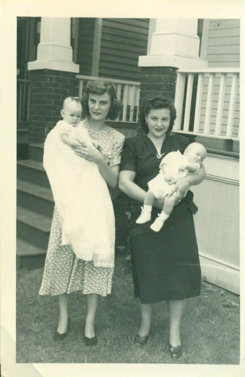 Vintage 1940s Mothers And Babies Photo Baby Girl Boy