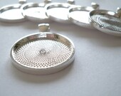10 - NEW 1 inch Round Silver Tone Blank Bezel Pendant Trays