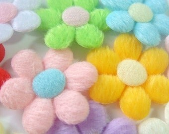Lot of 20 Padded Furry Flower Appliques 10 Color EA157