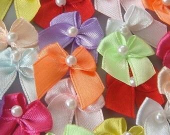 50(pcs) Satin Ribbon Pearl Bow Appliques 10 Colors EA109