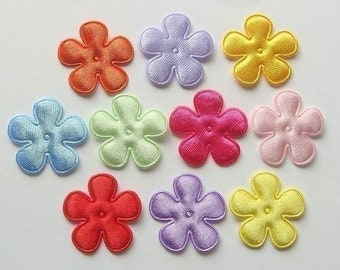 30 Satin Padded Flower Appliques 10 Colors EA16