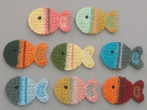 Free Crochet Pattern For Small Fish : 8 Crochet Fish Appliques 8 Colors EA126