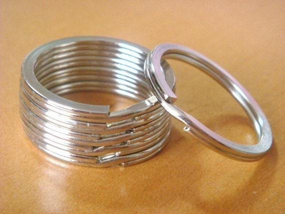 25 Silver Metal Round Key Rings...Split Rings...1.25inch...EH53
