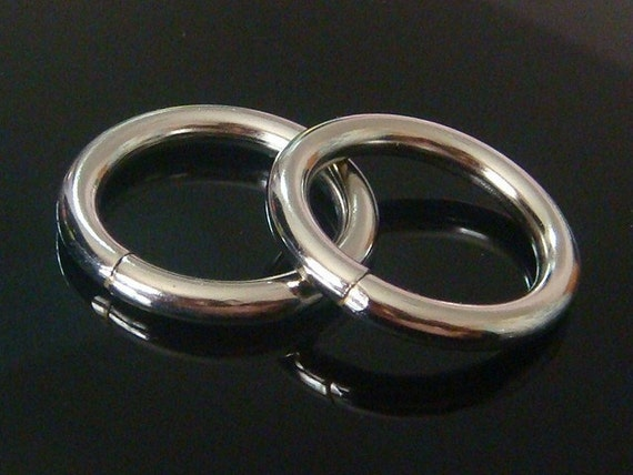 10 pcs Silver Metal Welded O Rings...1 1/8 inch...4mm Thick...H56-10pc