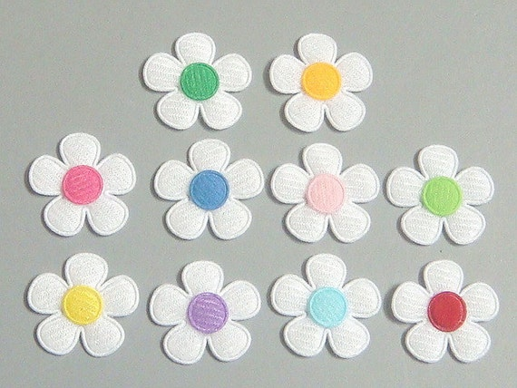 30 Padded Felt Flower Appliques 10 Color EA217