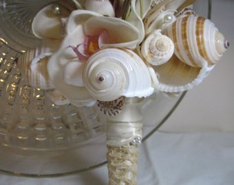 Natural Seashell Bouquet - Romance of the Sea Romantic Antique Lace