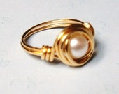 Pearl Ring - Vintage Glass Pearl Bead Brass Wire Wrapped Ring