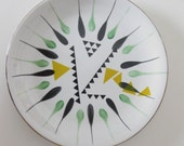 Yellow/Black Graphic Triangle Fired Plate