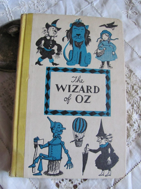 Vintage Wizard Of Oz Book Dated 1944 Nice