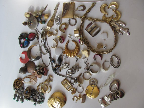 Huge Lot of Assorted Vintage Beads Findings Cabochon Jewelry Parts Supplies 54 Pieces